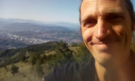 Eric's Log s01e11 – The Mountain, Sarajevo